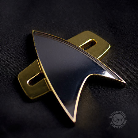 STAR TREK: DEEP SPACE NINE & VOYAGER Communicator Badge Replica (Reservation)