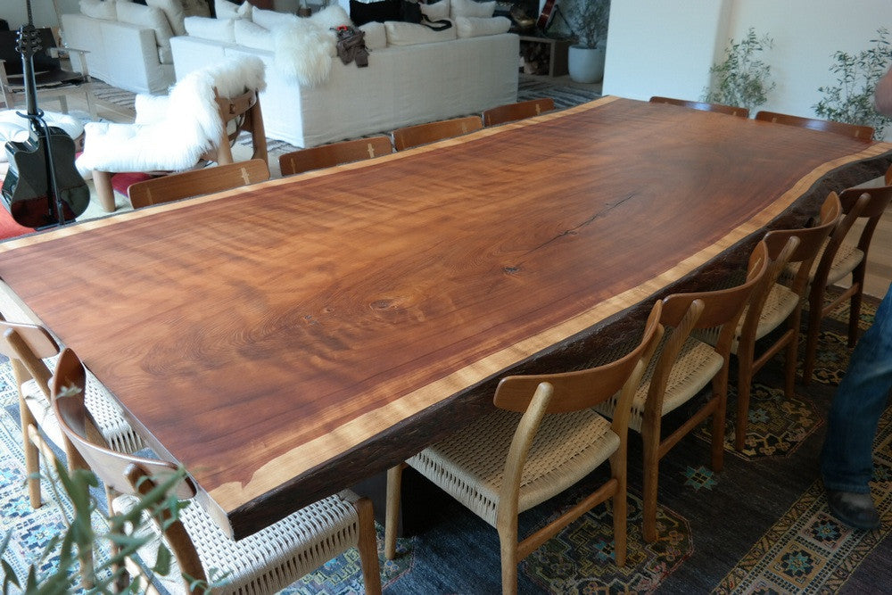 Incroyable Redwood Dining Table