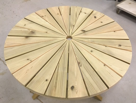Sunshine 100 cm Round Table