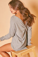 Load image into Gallery viewer, GREY TWIST BACK LONG SLEEVE