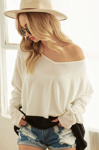 IN BLACK & WHITE LONG SLEEVE