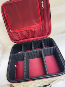 GLAMOUR MAKEUP CASE- 3 COLORS