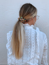 Load image into Gallery viewer, HAIR X PLAY floral scrunchie