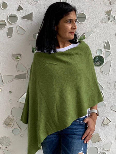 Pure Cashmere Poncho - Olive