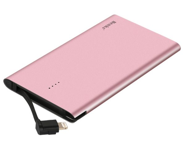 BENKS Power Banks E400C With Built In Lightning Connector