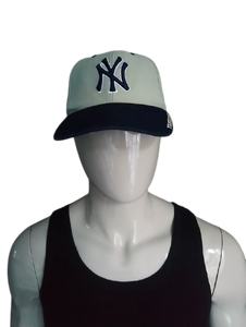New York Yankees pet. Beige Blauw. One Size fits all
