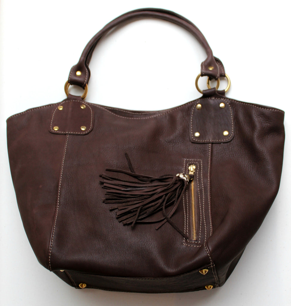 TOTE BUCKET BAG - in leather