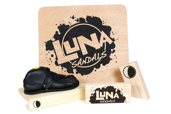 LUNA Display Materials
