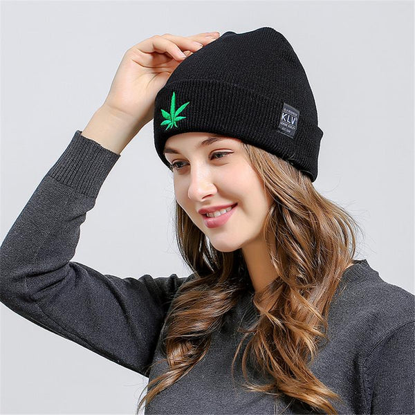Unisex New Design Warm Knitted Hat