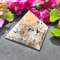 Pyramid to Attract Good Fortune