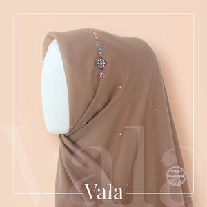 Bawal Crown Aleanor (Chocolate Almond)