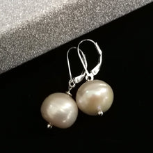Load image into Gallery viewer, 925 Pearl Leverback Earrings