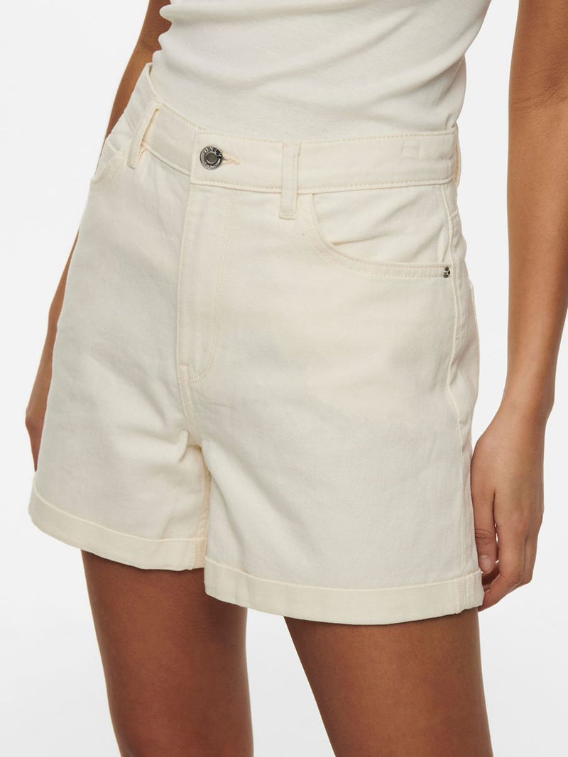 Vega Mom Shorts In Beige
