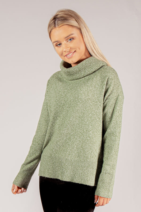 Doffy Cowl Neck Knit In Green