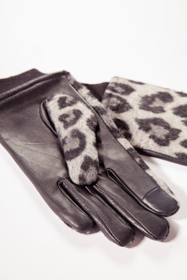 Lena Leopard Printed Gloves In Grey