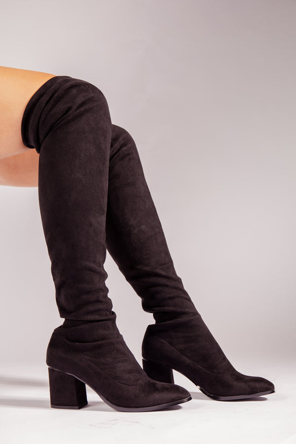 Clare Overknee Boot In Black
