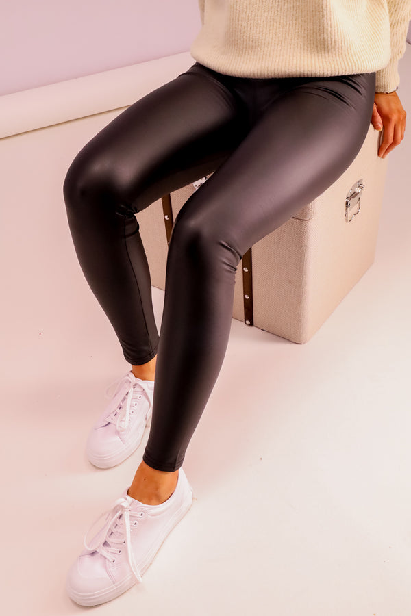 women's plain PU leggings in black