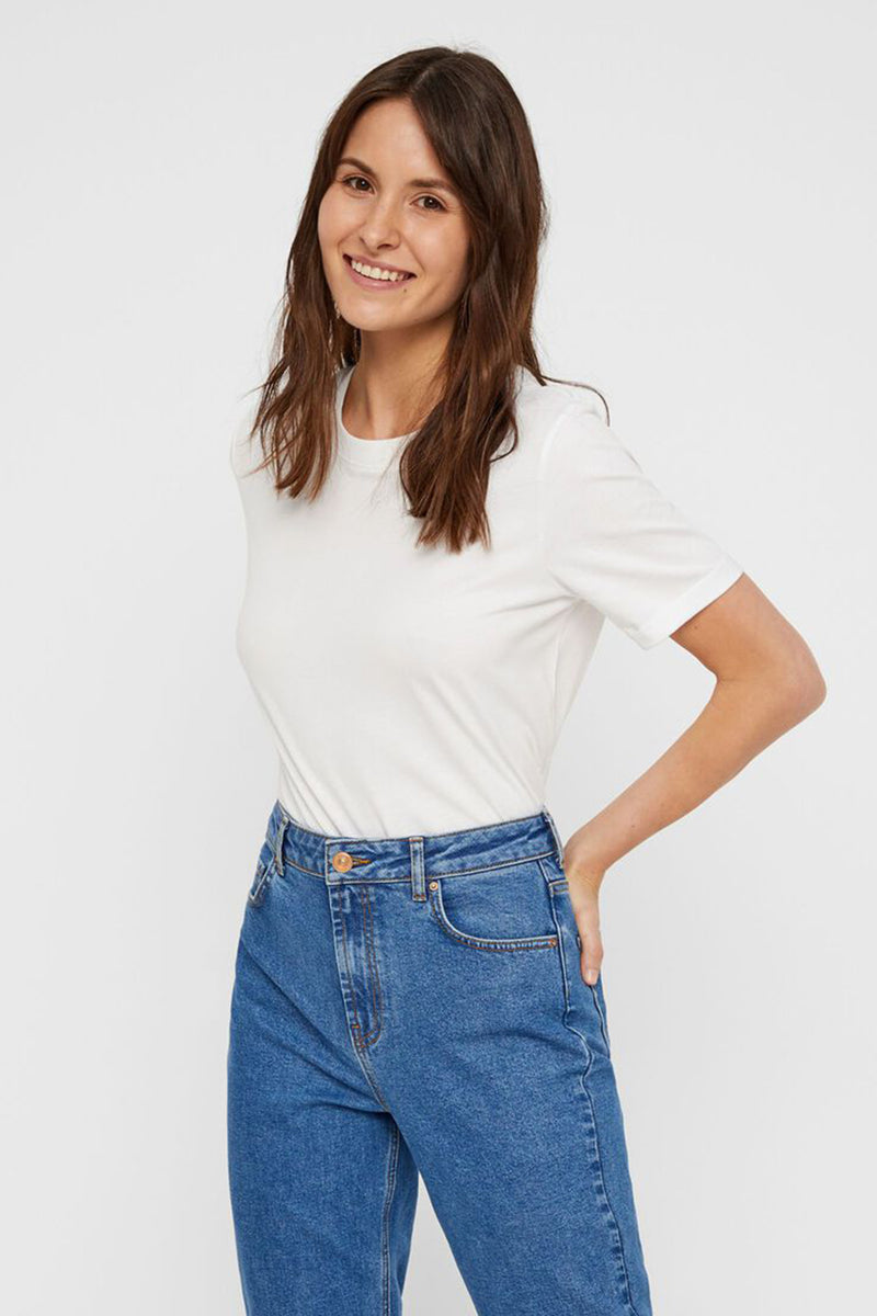 Ria Solid Tee In White