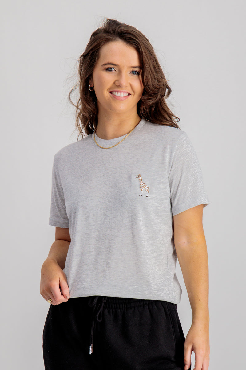Gillie Giraffe Printed Tee In Grey