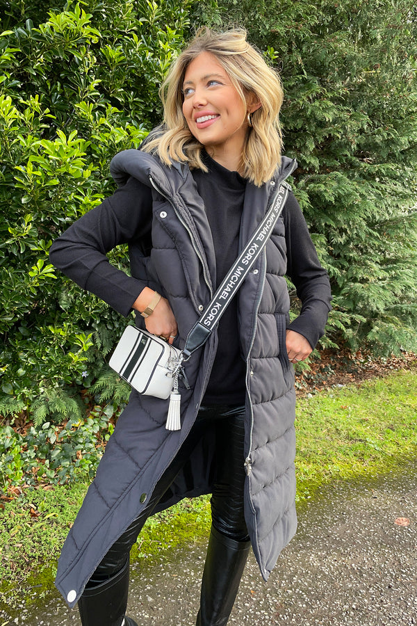 Riley Gilet in Black