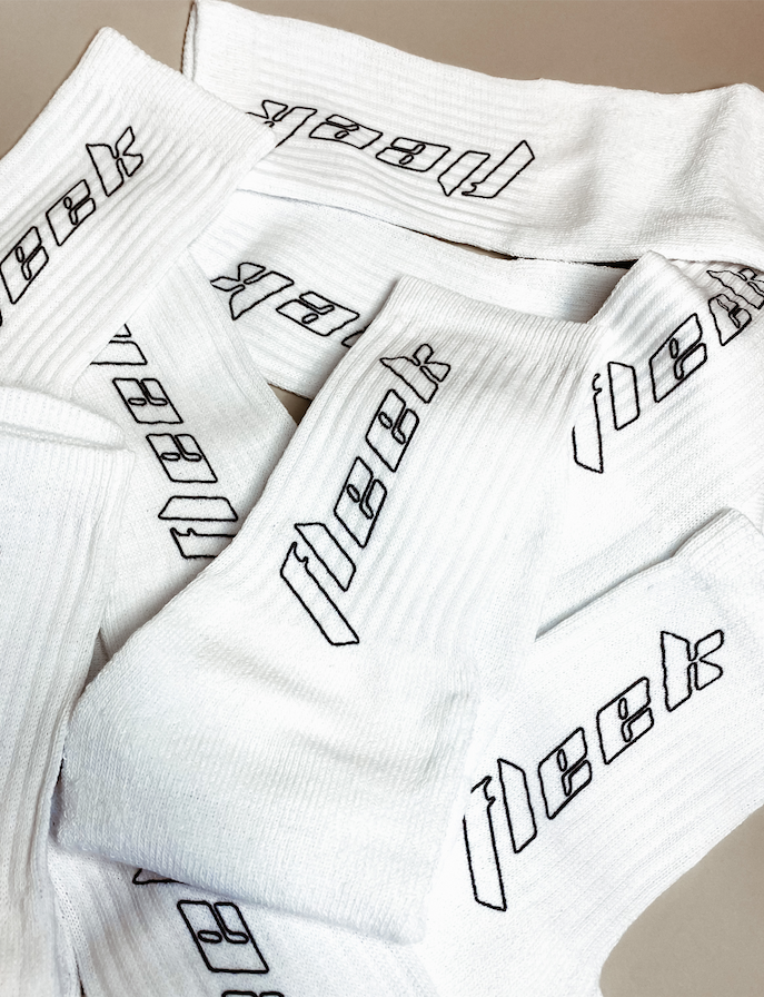 '' OUTLINE '' PRINTED SOCKS