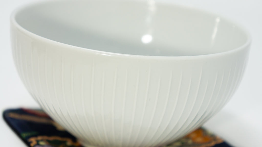 HAKU PORCELAIN MATCHA [PURITY] BOWL (CHAWAN) - Tiger Matcha
