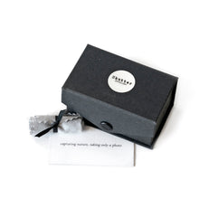 Load image into Gallery viewer, Cufflinks gift boxed
