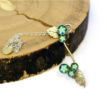Load image into Gallery viewer, Forget Me Nots & Leaves Necklace