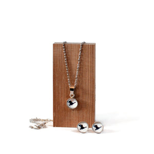 Goose Necklace and Stud Earring Gift Set