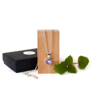 Anemone Necklace and Drop Earring Gift Set