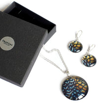 Load image into Gallery viewer, Reeves statement pendant and earrings