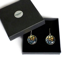 Load image into Gallery viewer, Gift boxed sterling silver reeves drop earrings