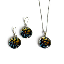 Load image into Gallery viewer, Reeves earrings and pendant