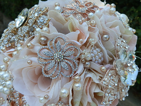Blush Pink Rose Gold Brooch Bouquet 49500 Promo Full
