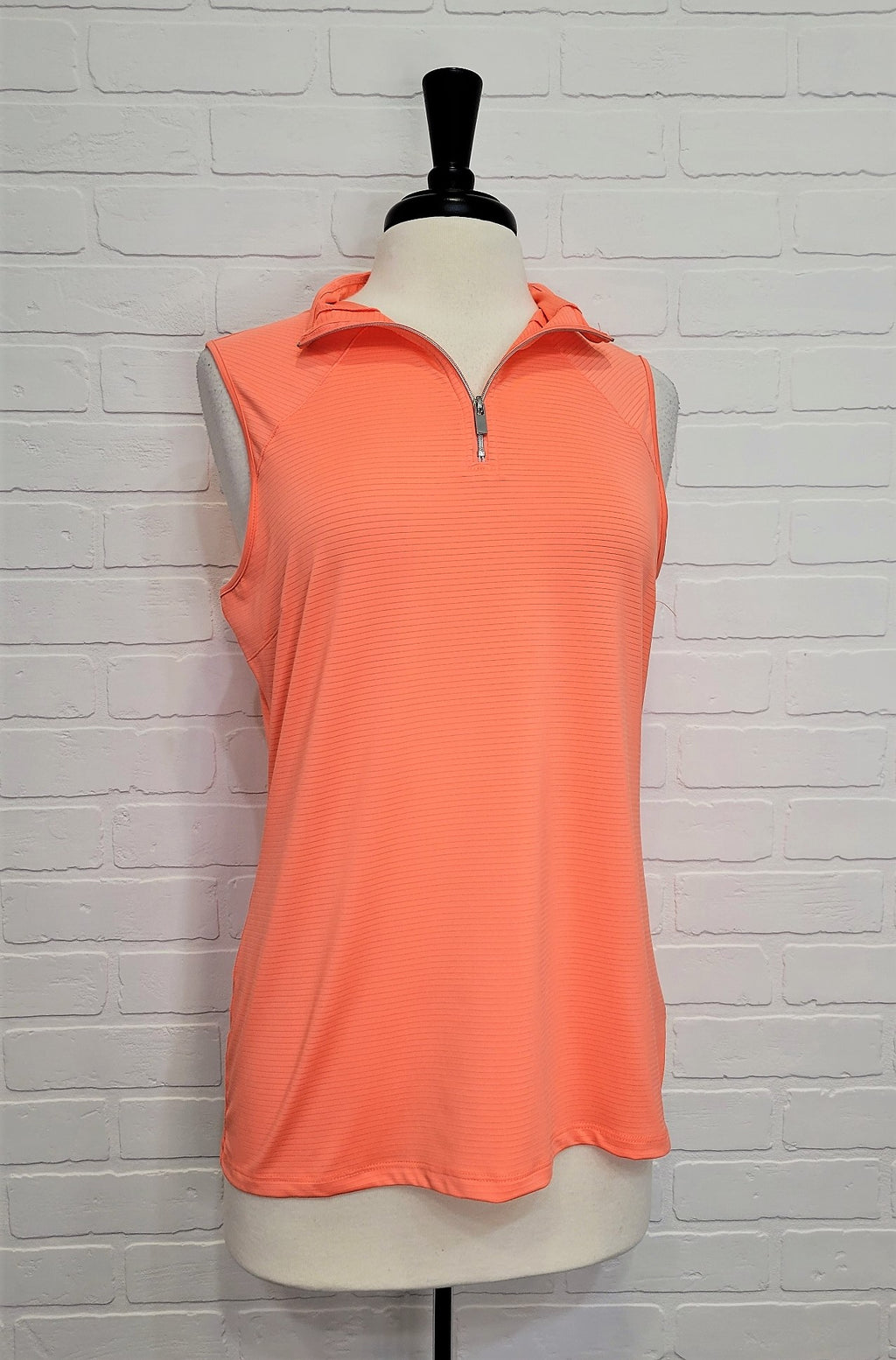 Sleeveless Golf Zip Up