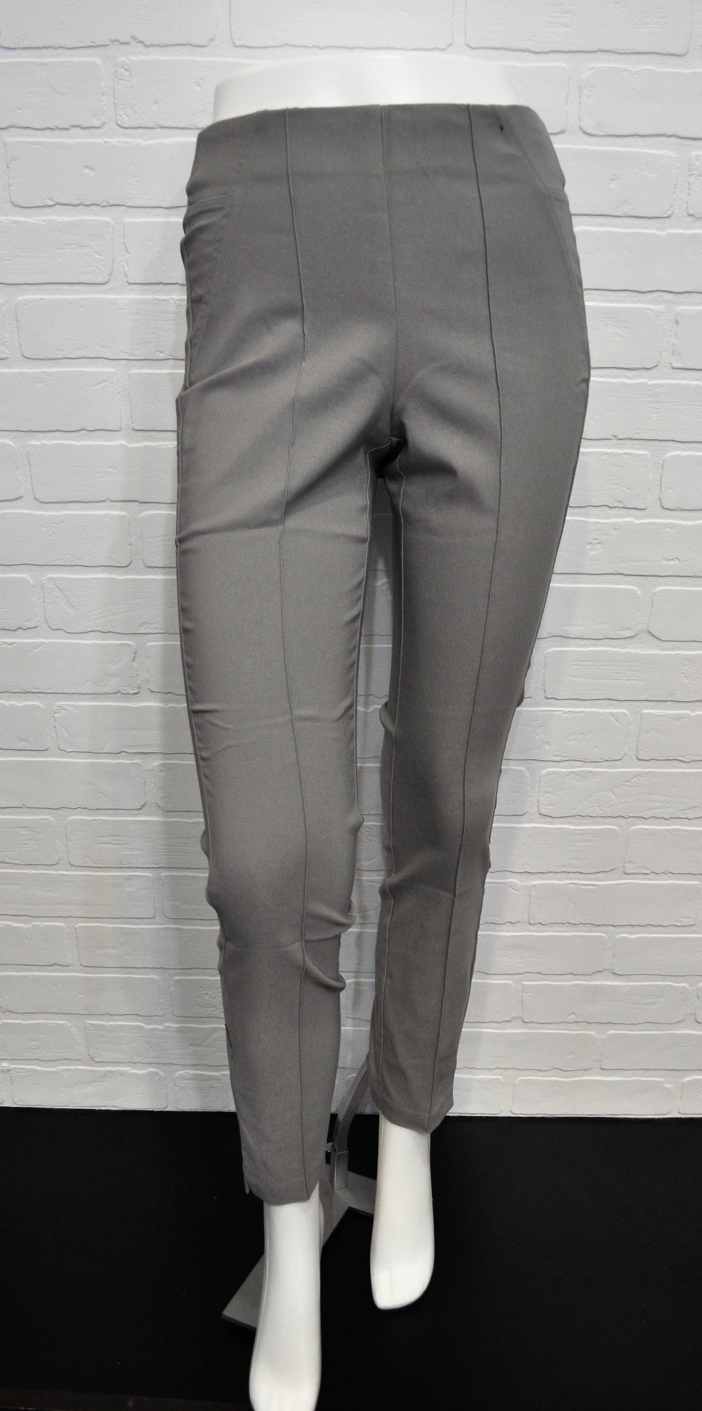 Ponte Pull On Ankle Pant