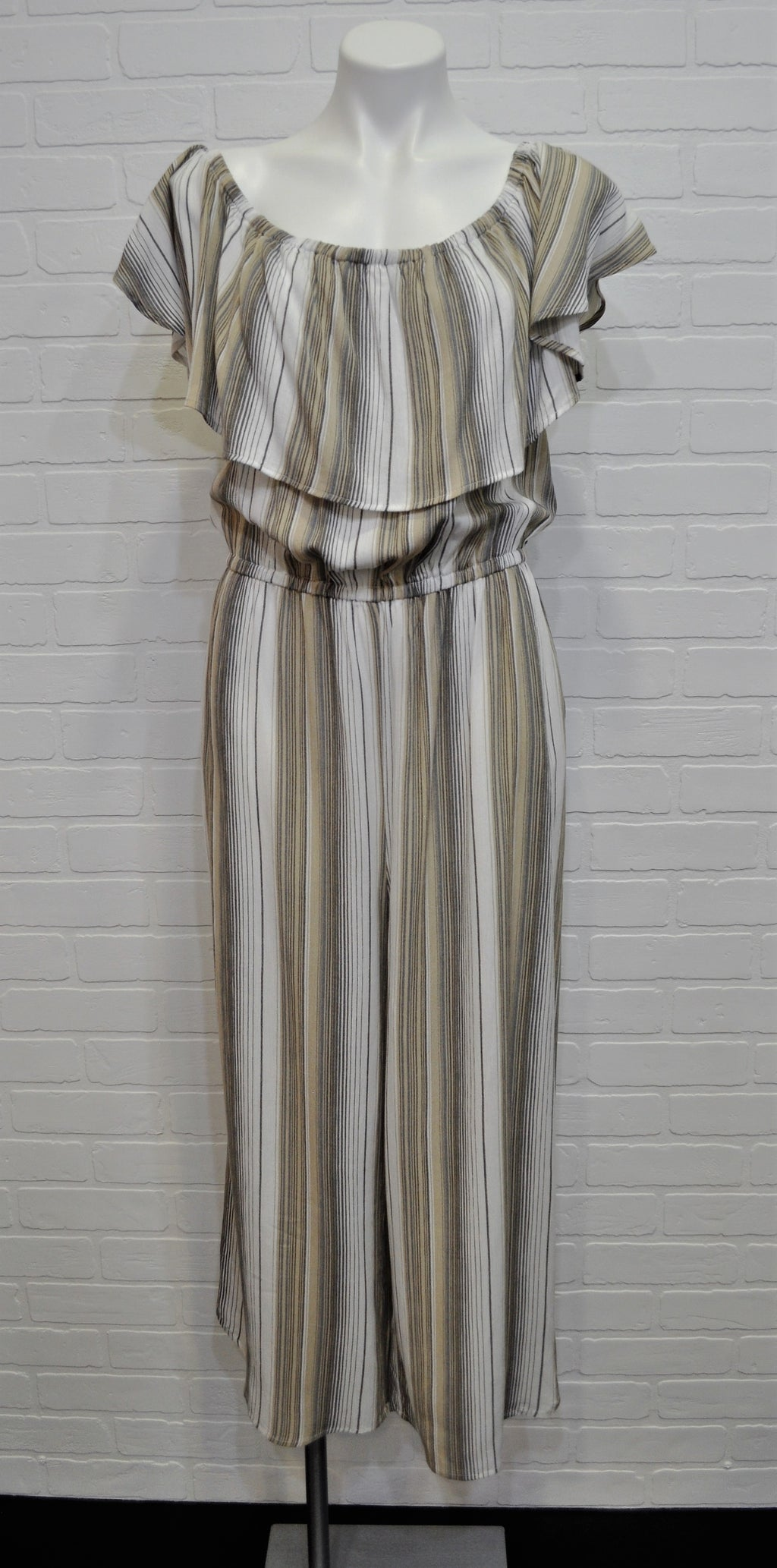 On (or) Off Shoulder Striped Jumpsuit