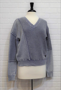 Ribbed Pattern V-Neck Sweater