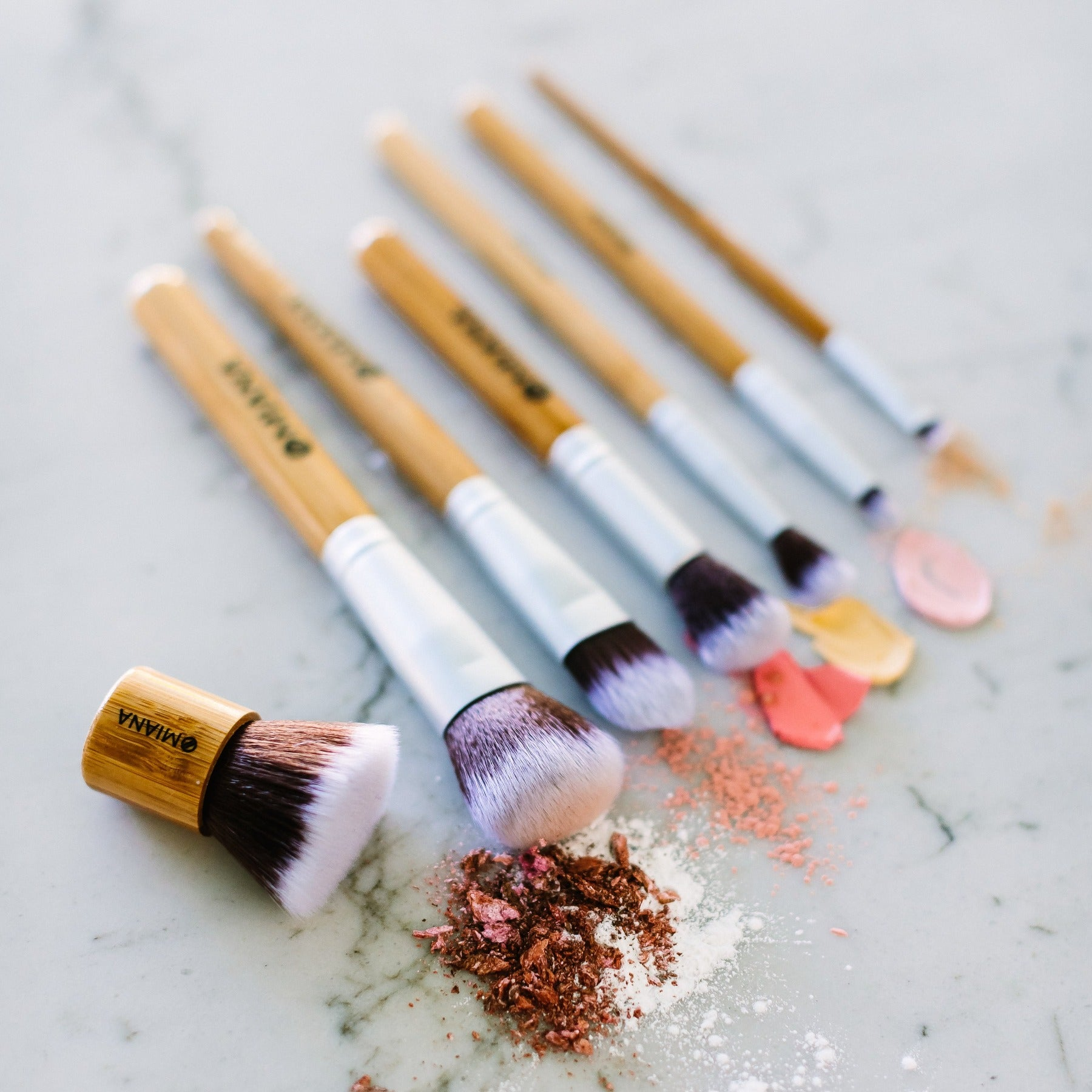 Synthetic Makeup Brushes for Clean Natural Makeup