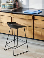 HAY About a Stool AAS 38 Barkruk H76 black