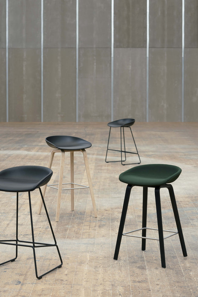 HAY About a Stool AAS 38 Barkruk H76 black - HAY About a Stool AAS 38 Barkruk H76 black