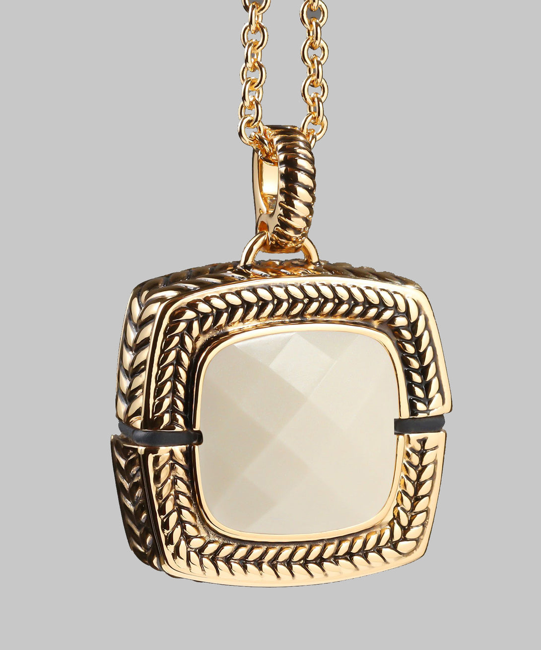 Sally Emergency Bluetooth White Mother Of Pearl And Gold Necklace And Removable Pendant (front)