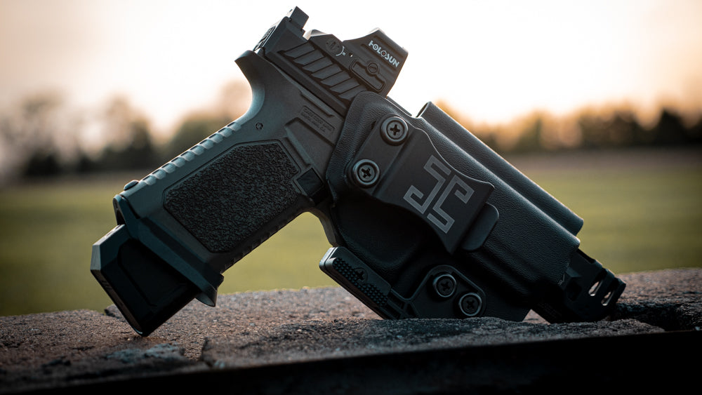 Open muzzle options accommodate all comps, threaded barrels and long slides.