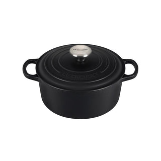 Le Creuset 3.5 qt Enameled Cast Iron Signature Round Dutch Oven