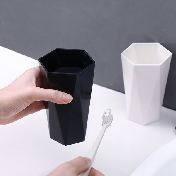 Creative Brushing Cups