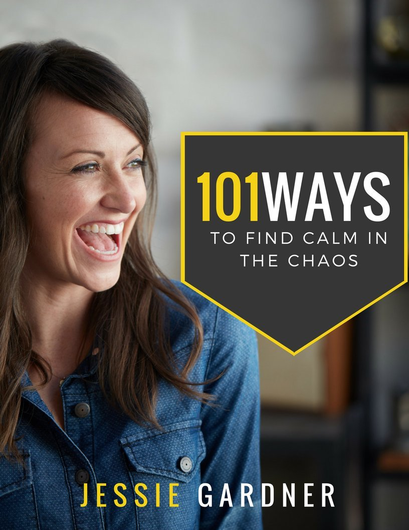 A FREE GUIDE TO FIND CALM IN THE CHAOS