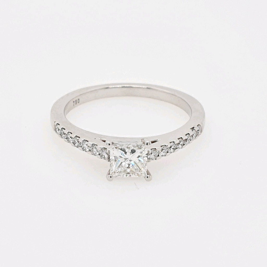 18CT Princess Cut Diamond Engagement Ring