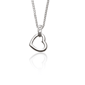 9ct  diamond heart pendant