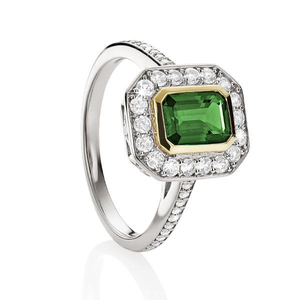 S/S 9ct cr^ emerald & cr^ white sapphire ring