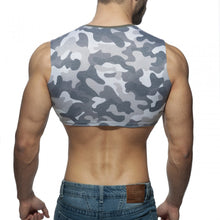 Load image into Gallery viewer, Sleeveless Camo Crop